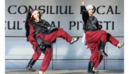 Read more: Spectacol de folclor palestinian în centrul Piteștiului (VIDEO)