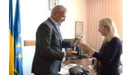 """Read more: """"Omul de fier"""" – înmânat soției sculptorului Constantin Popovici"""