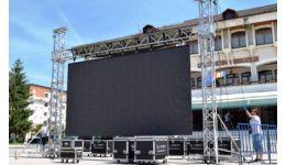 Read more: Campionatului European de Fotbal U21 vizionat în aer liber, în centrul Mioveniului