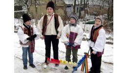"""Read more: Începe Festivalul """"Florile Dalbe"""". Sunt așteptați să participe peste 500 de copii!"""
