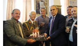 Read more: CONSTANTIN I. NĂSTASE, profesorul de 104 ani