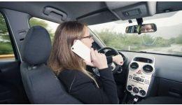 Read more: De sâmbătă, folosirea telefonului la volan va fi aspru pedepsită