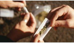 Read more: În Vâlcea a crescut numărul minorilor consumatori de droguri. Vârsta debutului consumului: 12 ani