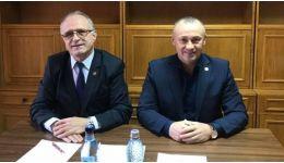 Read more: Deputații PSD Eugen NEAȚĂ și Vasile COCOȘ, întâlnire cu cetățenii la biroul parlamentar din Horezu