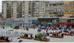 """Read more: Duminică, Ansamblurile """"Rapsodia Vâlceană"""", """"La Obârşia Lotrului"""" și Formaţia de căluşari din Şirineasa vor concerta în Scuarul Mircea cel Bătrân"""