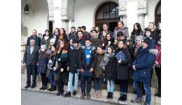 Read more: La Călimăneşti a avut loc o întâlnire internaţională în domeniul învăţământului. Cuvântul primarului Florinel Constantinescu - VIDEO