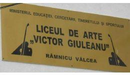 Read more: Copil lovit de învăţătoare la Liceul de Arte din Rm. Vâlcea. SOLICITĂM O ANCHETĂ