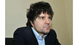 Read more: Nicuşor Dan Diaconescu se compromite cu viteza luminii