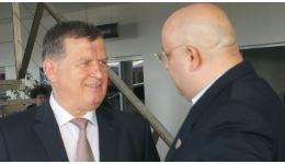 Read more: În Vâlcea va fi cea mai mare migraţie a primarilor de la PNL la PSD din toate timpurile. Cu o condiţie