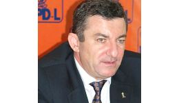 Read more: Găsiți AICI toate materialele despre PLAGIATUL președintelui PDL Vâlcea DOREL JURCAN