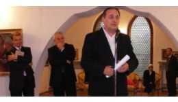 Read more: Scrisori către Petre Tănăsoaica. 10 – George Stanca ne-a zis să o lăsăm mai uşor cu presa
