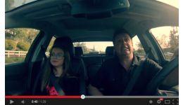 Read more: 4 milioane de oameni au văzut acest duet tată-fiică în mașină/ Video de colecție