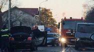Accident în Pitești: Trei mașini, două victime