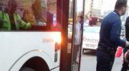 Bătaie într-un autobuz, în Pitești. Scandalagii au ajuns la Poliție