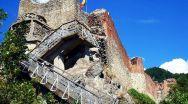 După relocarea ursoaicei, Cetatea Poenari poate fi, din nou, vizitată. Vezi în ce condiții