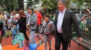 Primarul Mircia Gutău, preocupat de siguranța copiilor la locurile de joacă amenajate