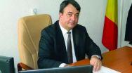 Andra Bică, inspector general ISJ Vâlcea şi coordonatorul Centrului de Prevenire şi Consiliere Antidrog Vâlcea se întâlnesc cu prefectul Florian Marin