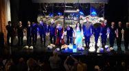 """""""Hamlet. Cursa de şoareci"""" în regia lui Alexandru Grecu ne spune că e ceva putred în Republica Moldova"""