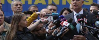 """Iohannis șochează la ieșirea de la BEC. """"Comisia Europeană e compusă din NIȘTE PENALI"""""""