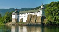 Din cauza unui călugăr infectat cu Covid, s-a închis Mănăstirea Cozia