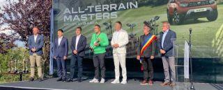 Vâlceanul Octavian Perpelea, campion la golf, alături de Klaus Iohannis